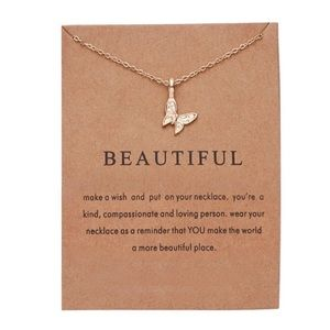 NEW!! 🦋 Beautiful Butterfly Pendant Necklace